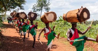 gishora drummers - photo gallery burundi - www.edvervanzijnbed.nl/en/