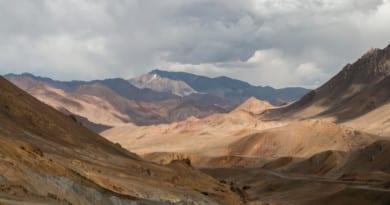 Prachtige landschappen tijdens de rit over de Pamir Highway