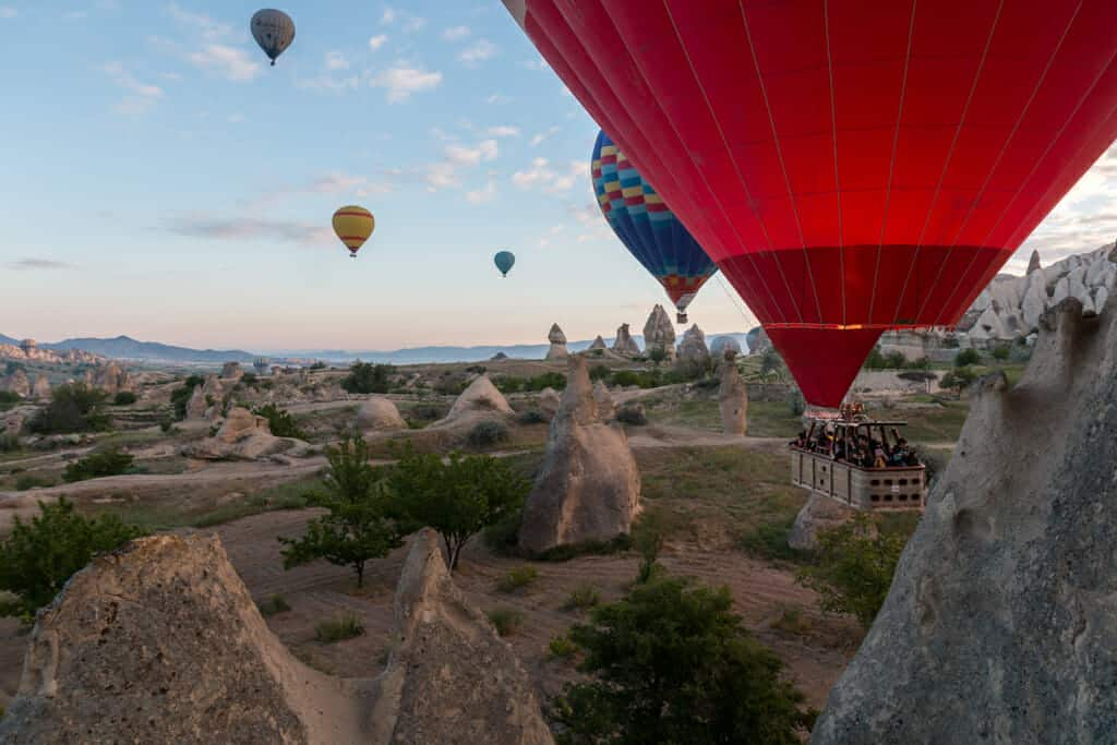 Gallery Turkey, with among others stunning pictures of the hot air ballooning in Cappadocia.