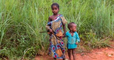 Cameroonian kids - photo from www.edvervanzijnbed.nl/en/